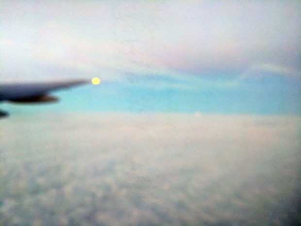music when flying - the clouds are dreams