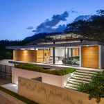 Tacuri House by Gabriel Rivera is a completely open space in the Ecudaor area