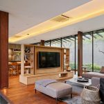 The Upper House of the House, a beautiful home called Wahana Architects, defines summer trips