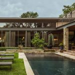 Stocker Hoesterey Montenegro Architects creates modern and inspirational Striking Contemporary Home in Texas