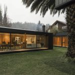 De la Palmera House in Chile was designed by Prado Arquitectos