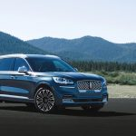 Lincoln Aviator vs. Cadillac XT6: Comparison of SUVs and Comments